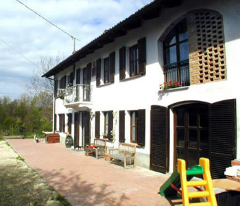 Bed and breakfast 2 stelle Cantarana - Bed and breakfast Cascina Caldera