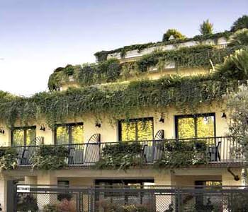 Alberghi desenzano del garda lago di garda hotel for Appartamenti lago di garda affitto