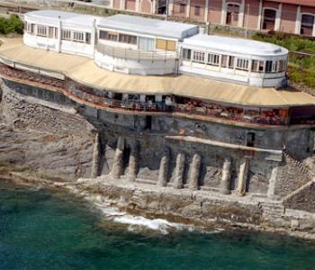 Alberghi genova nervi quinto hotel pensioni ostelli for Piscina quinto genova