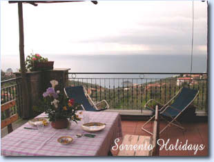 Apartamenti-ville in affitto<br> 3 stelle in Massa Lubrense - Apartamenti-ville in affitto<br> Sorrento Holidays (B234)