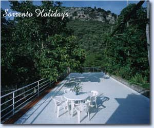 Apartamenti-ville in affitto<br> 3 stelle in Sorrento - Apartamenti-ville in affitto<br> Sorrento Holidays (Q601)
