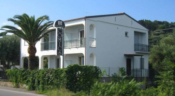 Bed and breakfast<br> stelle in Vibonati - Bed and breakfast<br> Comics